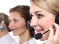 La téléprospection utilisée pour se connecter avec les clients potentiels. En l'externalisant, l'entreprise est capable de gérer du profit et de gagner du temps.