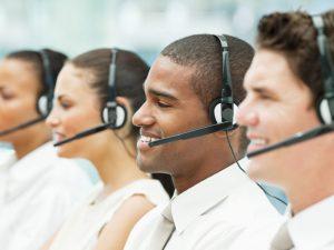 Centres d'appels bilingues: quand la téléprospection touche tous les horizons. Voici les avantages d'être en collaboration avec un call center bilingue.