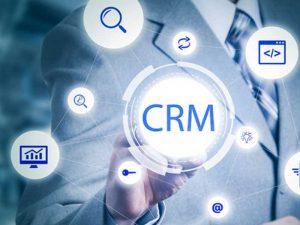 Prisées par les entreprises, le CRM requiert une expertise appropriée lors de leur implémentation.