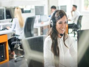 Le script téléphonique détermine la réussite de nos objectifs de vente. Si vous souhaitez rédiger un argumentaire solide pour convaincre vos prospects, voici les 4 étapes qu'il vous faut.