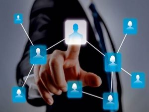 Choisir un persona à qui faire une offre personnalisée, c'est le ciblage. Cette étape est importante pour entreprendre des actions ciblées et efficaces.